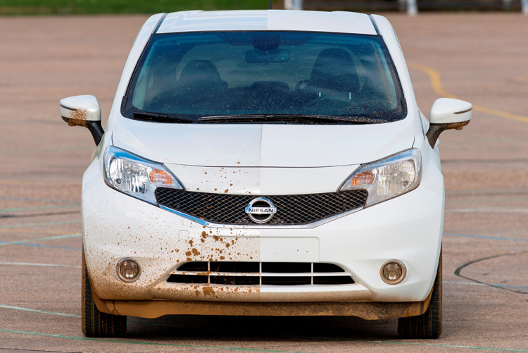 3-nissan-develops-first-self-cleaning-car-prototype